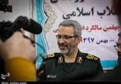 سردار غیبپرور با خانواده شهید مدافع حرم «عباس دانشگر» سمنان دیدار کرد