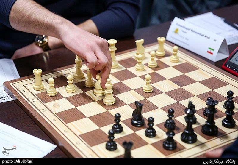 پیروزی سایپا و ذوبآهن در دور نخست از هفته پایانی لیگ برتر شطرنج