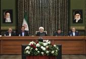 روحانی: نیمروز 22 بهمن ساعتهای قدر ملت ایران است