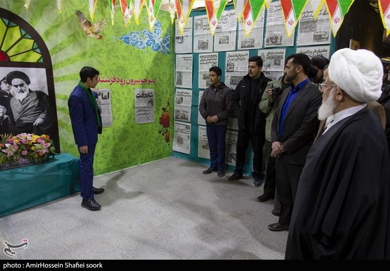 """نمایشگاه """"انقلاب ماندگار"""" در یزد به روایت تصویر"""