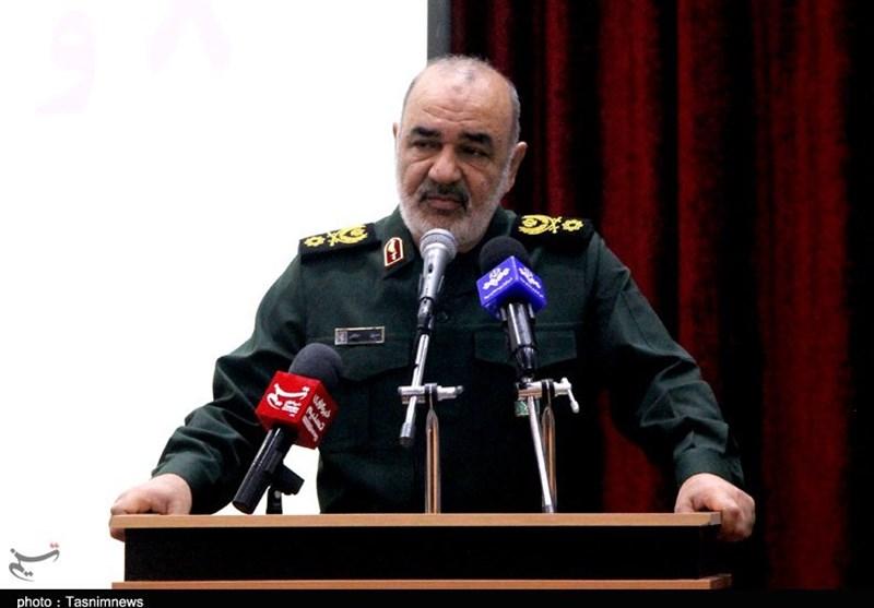 سرلشکر سلامی: محرومیتزدایی از اولویتهای مهم سپاه است / برای تحقق مطالبات مردم تلاش میکنیم