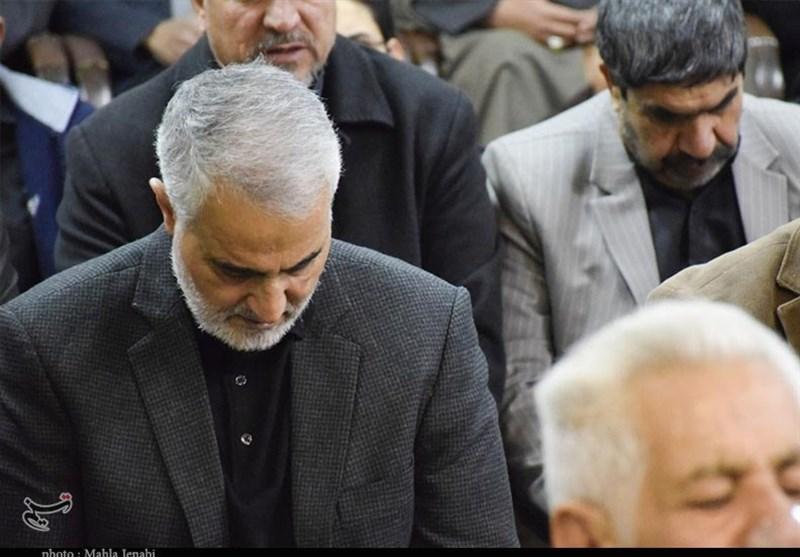 "حضور ""سرلشکر سلیمانی"" در جمع راهپیمایان کرمانی+عکس اختصاصی"