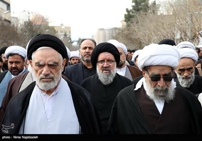 آیتالله سیداحمد خاتمی در اجتماع فاطمیون در میدان شهدا - مشهد