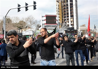 اجتماع فاطمیون در میدان شهدا - مشهد