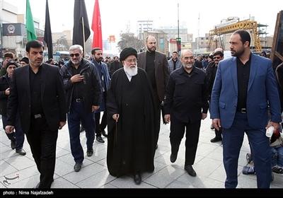 آیتالله سیداحمد علمالهدی در اجتماع فاطمیون در میدان شهدا - مشهد