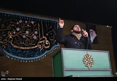 امیر عباسی مداح اهل بیت در تجمع عزاداران فاطمی میدان شهید طهرانیمقدم