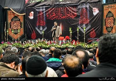 مداحی حسین هوشیار در تجمع هیئت های مذهبی دارالشهدای تهران منطقه 17 به مناسبت شهادت حضرت زهرا(س)