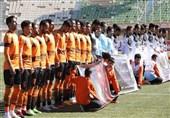 بودجه 30 میلیارد تومانی فوتبال کرمان صرف 60 بازیکن میشود