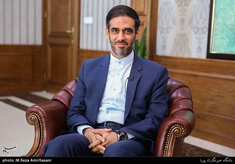 فرمانده قرارگاه خاتم: در ایرانِ ثروتمند برای همه مشکلات اقتصادی راهکار هست/همه دولتها مشتری قرارگاه بودند,