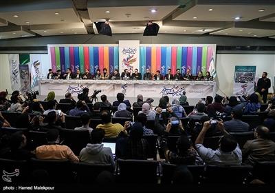نشست خبری فیلم «ماجرای نیمروز، رد خون» - سیوهفتمین جشنواره فیلم فجر
