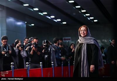 ژاله صامتی بازیگر فیلم «حمال طلا» در سیوهفتمین جشنواره فیلم فجر