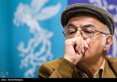 فریدون جیرانی کارگردان در نشست خبری فیلم «آشفتگی» - سیوهفتمین جشنواره فیلم فجر