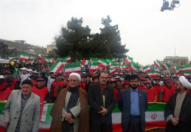 جشن بزرگ چهل سالگی انقلاب در استان مرکزی؛ راهپیمایی تماشایی 22 بهمن آغاز شد