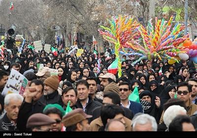 راهپیمایی چهلمین سالگرد پیروزی انقلاب اسلامی ایران در شیروان