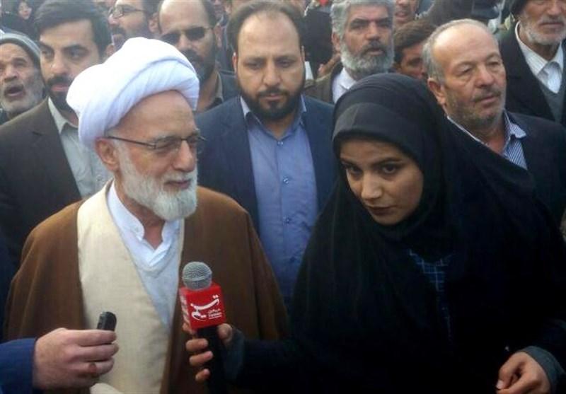 بهمن تماشایی 97| ملت ایران نشان داد از تهدیدهای دشمن و آمریکاییها ترسی ندارد+فیلم