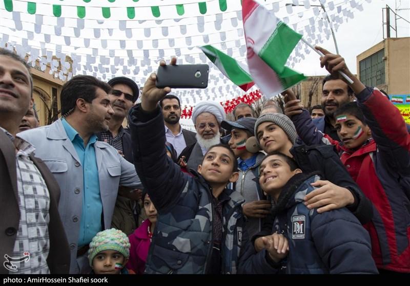 بهمن تماشایی 97   راهپیمایی باشکوه 22 بهمن در یزد به روایت تصویر