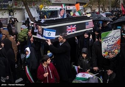 تصاویر منتخب از چهلمین سالگرد پیروزی انقلاب اسلامی ایران