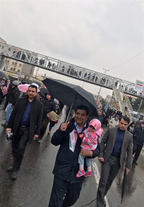 راهپیمایی 22 بهمن 97  حضور رئیس ستاد اجرایی فرمان امام(ره) در راهپیمایی