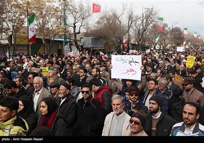 راهپیمایی چهلمین سالگرد پیروزی انقلاب اسلامی ایران در قزوین