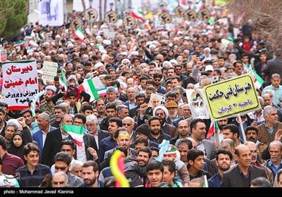 راهپیمایی چهلمین سالگرد پیروزی انقلاب اسلامی ایران در کرمان