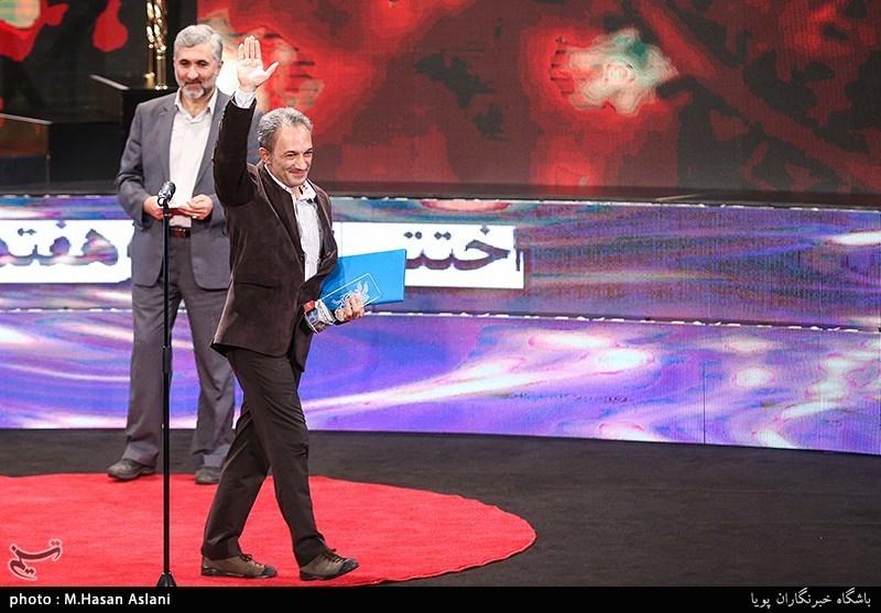 اهداء سیمرغ بلورین بهترین صداگذاری سیوهفتمین جشنواره فیلم فجر به مهرشاد ملکوتی برای فیلم «ماجرای نیمروز، رد خون»