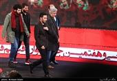 عوامل فیلم «متری شش و نیم» در مراسم اختتامیه سیوهفتمین جشنواره فیلم فجر