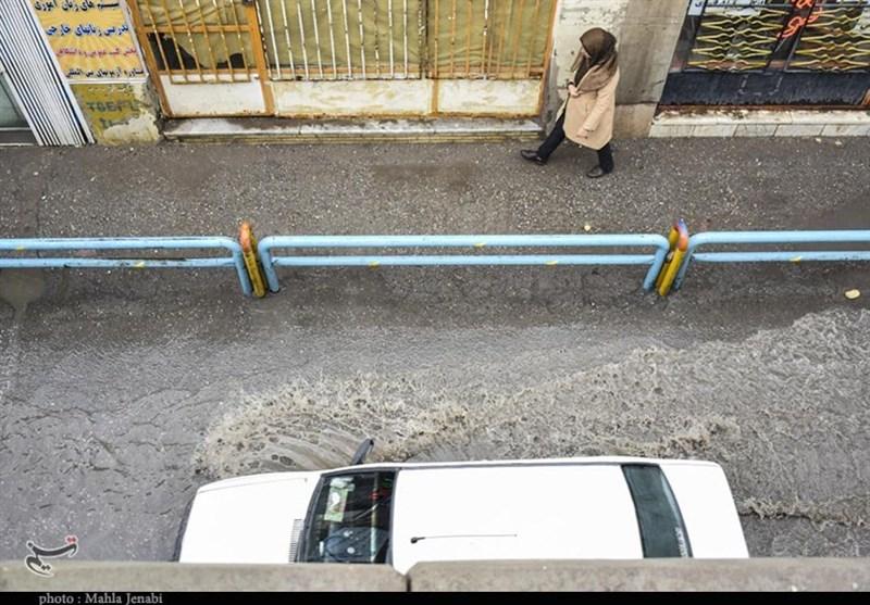 آبگرفتگی در سطح معابر شهر کرمان به روایت تصویر