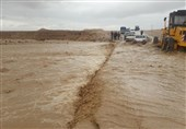 سیلاب 2 محور مواصلاتی منطقه بلوچستان را مسدود کرد