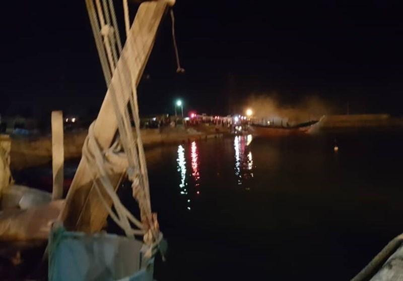 آتش سوزی در بندرعامری تنگستان مهار شد