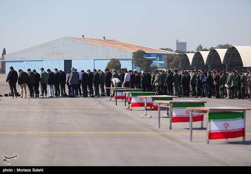پیکر شهدای حادثه تروریستی سیستان و بلوچستان وارد اصفهان شد+فیلم
