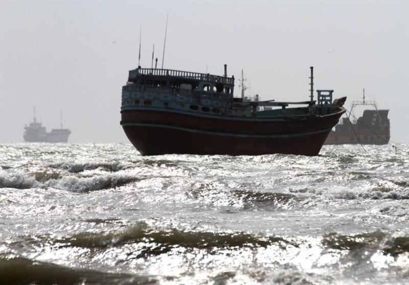 خلیجفارس در استان بوشهر مواج و متلاطم میشود