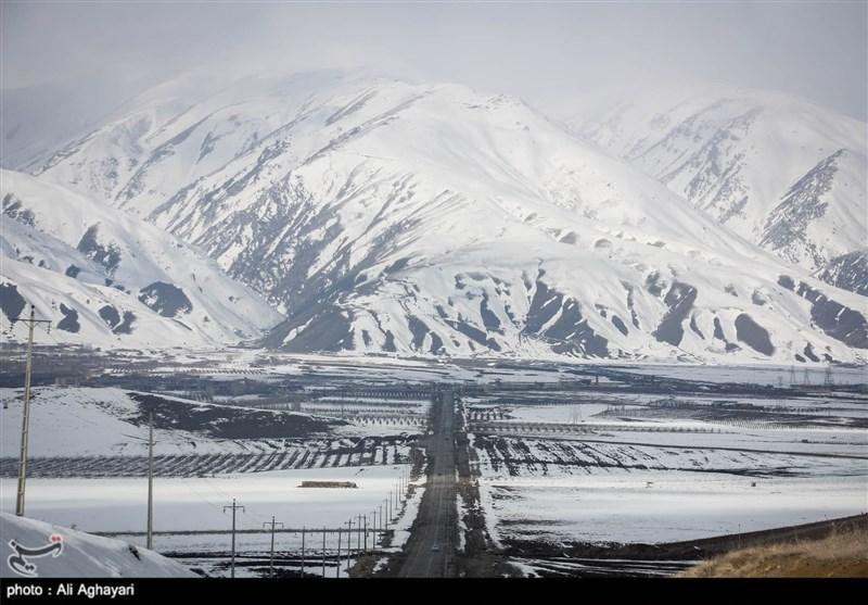 بارش برف و باران در جادههای 14 استان