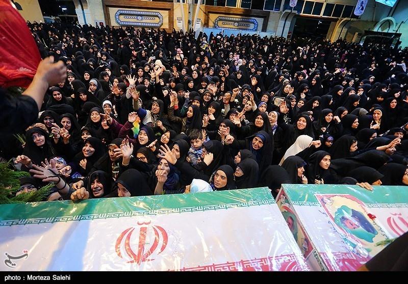 مراسم تشییع پیکر 27 شهید حادثه تروریستی زاهدان در اصفهان آغاز شد