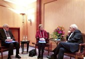 ظریف یلتقی عضوین فی منظمة الشیوخ العالمیة