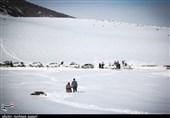 محورهای مواصلاتی استان مازندران شاهد بارش برف است