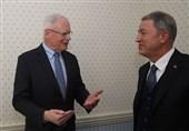 دیدار وزیر دفاع ترکیه با هیات آمریکایی در مونیخ