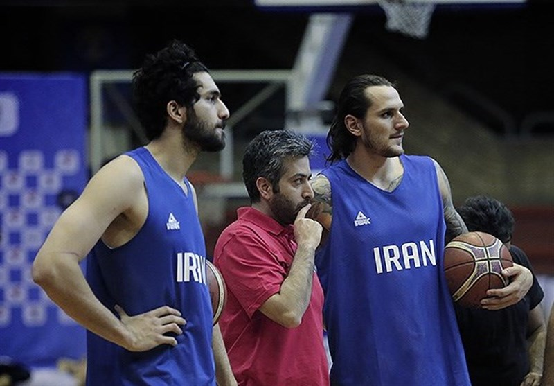 رستمپور: به خاطر پیراهن تیم ملی بسکتبال و احترام به کشوری که 80 میلیون جمعیت دارد مبارزه میکنم