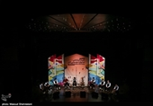 در نشست پژوهشی جشنواره موسیقی فجر مطرح شد؛ سیاستمداران جریانهای موازی در عرصه موسیقی را به وجود میآورند