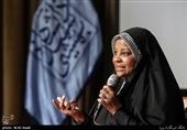 ایران را دوست دارم، چون حکومت و قوانین اسلامی دارد