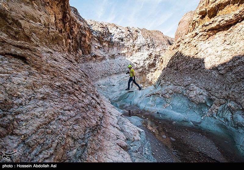 گنبد نمکی جاشک - بوشهر