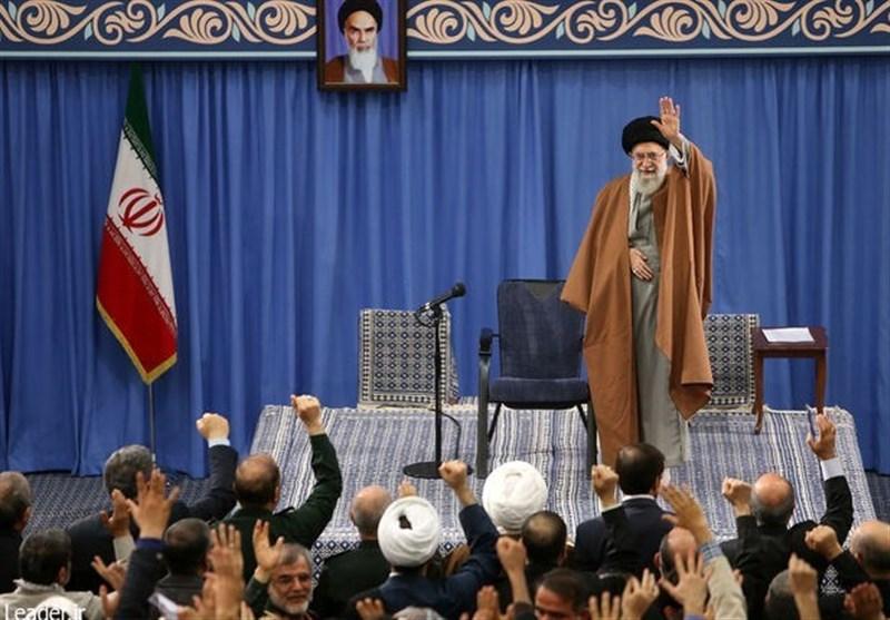 فرهنگیان با امام خامنهای دیدار کردند
