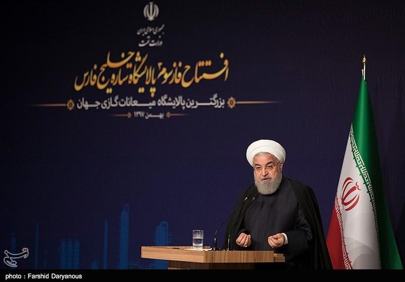 روحانی: باید از تحریمها به عنوان فرصتی برای رشد فناوری بهره گرفت