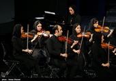 اجرای ارکستر آیسو در سی و چهارمین جشنواره موسیقی فجر