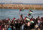 زخمی شدن چندین فلسطینی در راهپیمایی دریایی/ حمله شدید صهیونیستها به مسجدالاقصی