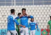 لیگ برتر فوتبال| پایان نیمه اول 2 دیدار با برتری پیکان و ذوبآهن