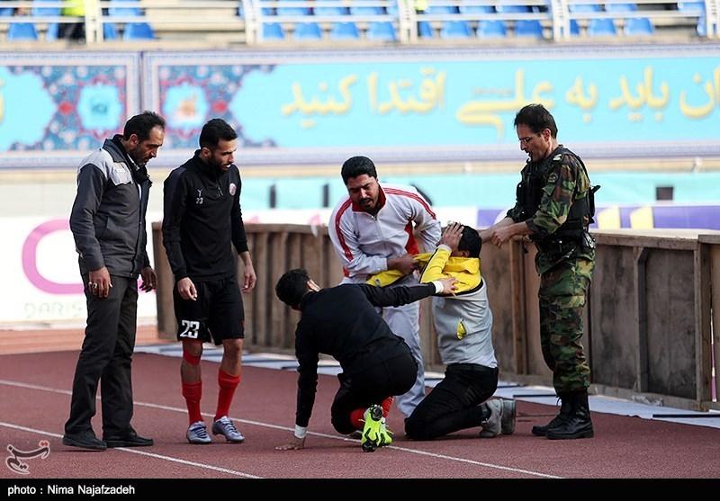 دیدار تیمهای فوتبال پدیده شهر خودرو و سپید رود رشت