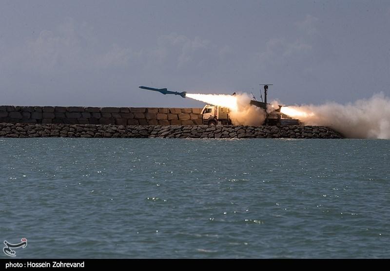 اخبار رزمایش| شلیک 3 فروند موشک کروز قادر و قدیر و انهدام اهداف + عکس