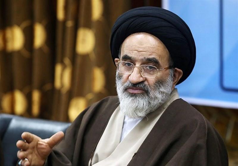 منتخب تهران:کشور نیاز به احزاب قوی دارد/حضور جوانان برای تصمیم سازی در گام دوم انقلاب ضروری است
