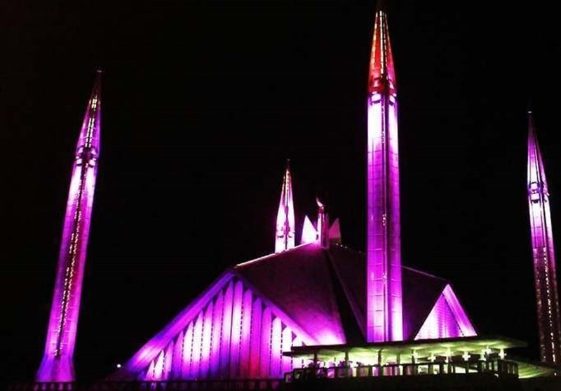 فیصل مسجد: جنوبی ایشیا کی سب سے بڑی عظیم الشان مسجد+تصاویر
