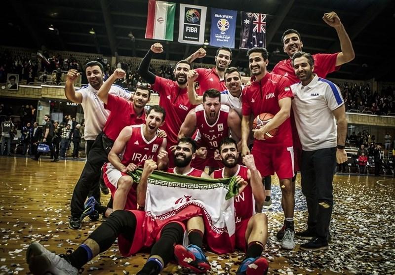 برگزاری مراسم بدرقه تیم ملی بسکتبال/ اهدای پیراهن ایران به سفیر چین + عکس